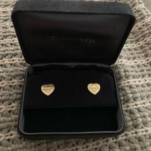 750 Return to Tiffany & Company Heart Earrings